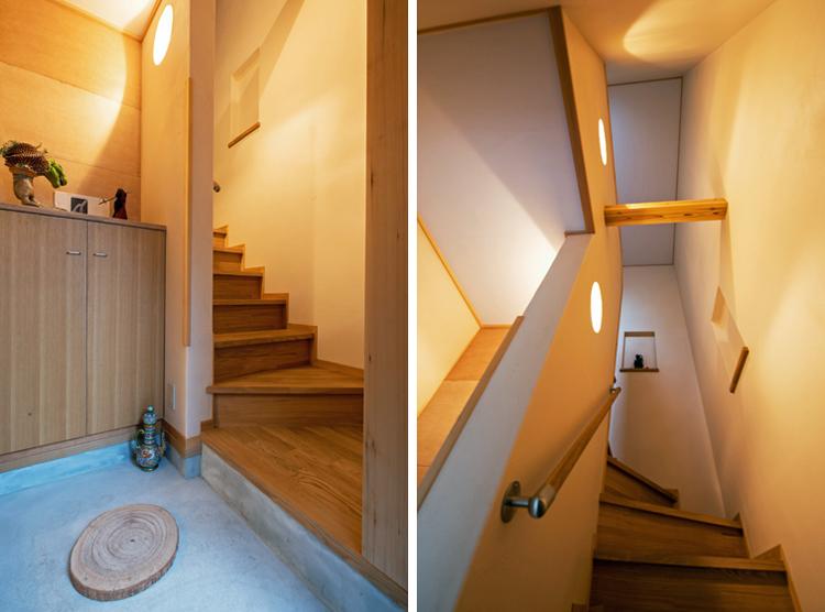 2階用玄関と階段