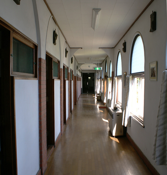 旧東京黙想の家 回廊